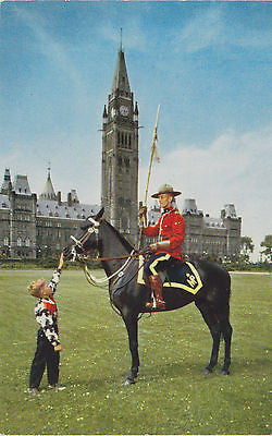 Mountie At Peace Tower, Canada, Postcard - Cakcollectibles - 1