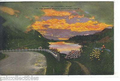 Sunset on Columbia River in The Scenic Pacifc Northwest - Cakcollectibles