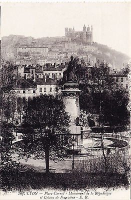 Place Carnot Monument De La Republique Postcard - Cakcollectibles