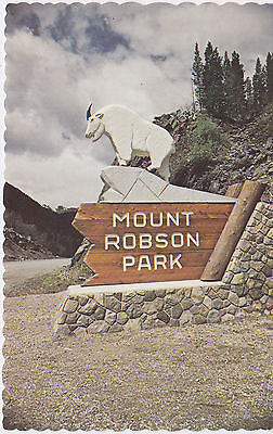 Mt. Robson Park , British Columbia, Canada Postcard - Cakcollectibles - 1
