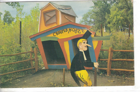 The Crooked House,Story Book Island-Rapid City,Black Hills,South Dakota 1967  - 1