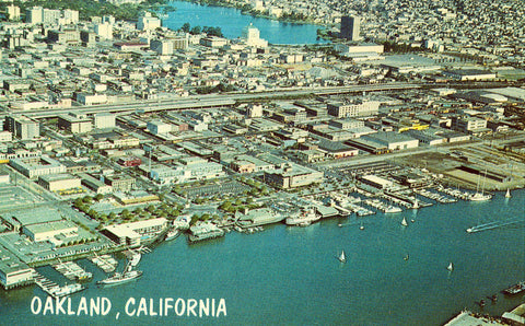 Aerial View of Oakland,California.Front of vintage postcard.Buy postcards here