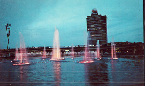 Fountain of Liberty in International Park - New York front of vintage postcards for sale