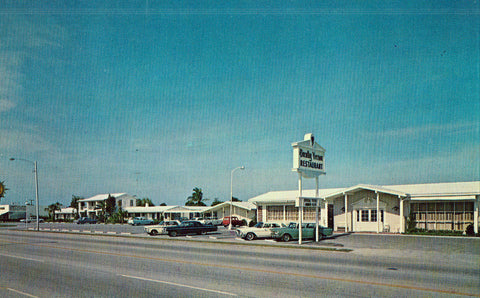 Southernaire Motel - Fort Pierce,Florida.Front of vintage postcard