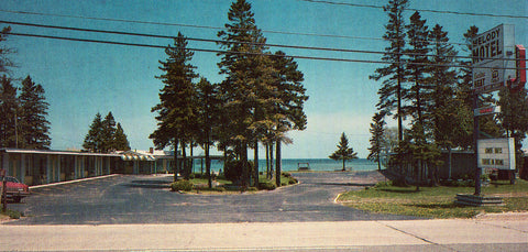 Melody Motel - St. Ignace,Michigan Front of Vintage Postcard for sale