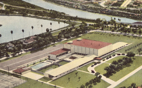Aerial View of Ft. Brown Memorial Center - Brownsville,Texas.Linen postcard front