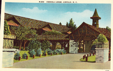 Linen postcard front.Eseeola Lodge - Linville,North Carolina
