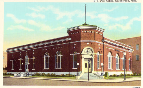 U.S. Post Office - Greenwood,Mississippi Vintage postcard front