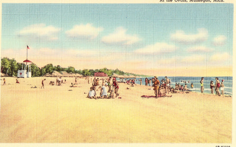 At The Ovals - Muskegon,Michigan Linen Postcard Front