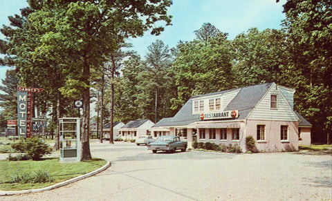 Vintage postcard front Danner's Motel and Restaurant - Colonial Heights,Virginia