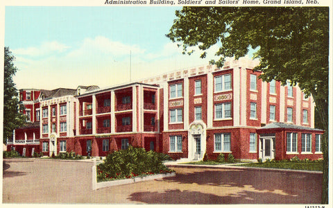 Old postcard front. Administration Building,Soldiers' and Sailors' Home - Grand Island,Nebraska