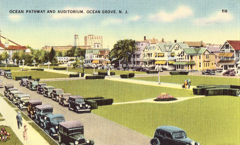 Linen postcard front. Ocean Pathway and Auditorium - Ocean Grove,New Jersey