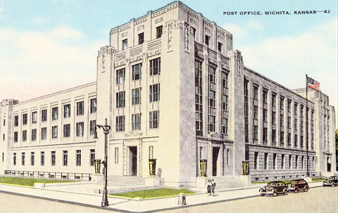 Linen postcard front - Post Office - Wichita,Kansas