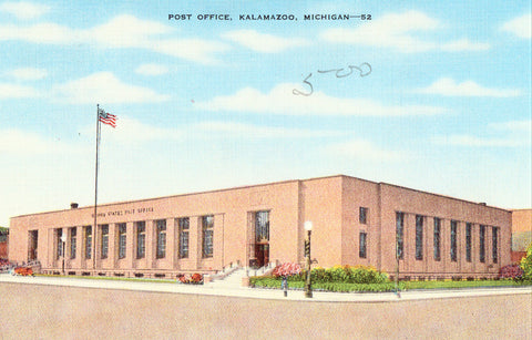 Linen postcard front - Post Office - Kalamazoo,Michigan