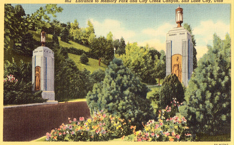 Linen postcard Entrance to Memory Park and City Creek Canyon - Salt Lake City,Utah