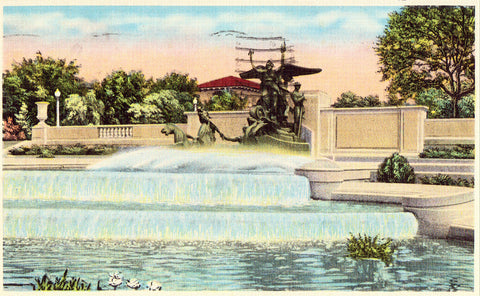 linen postcard front Littlefield Memorial Fountain,University of Texas - Austin,Texas
