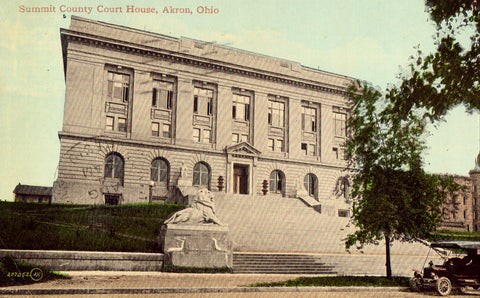 Vintage postcard front Summit County Court House - Akron,Ohio