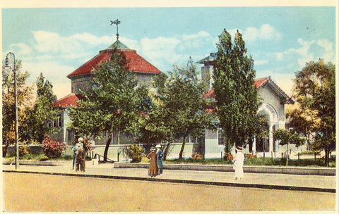 Vintage postcard Aquarium,City Point - South Boston,Massachusetts