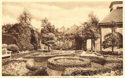 Vintage postcard Holly Garden,Governor's Palace - Williamsburg,Virginia