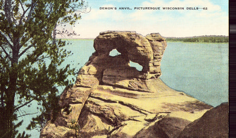Linen postcard Demon's Anvil - Wisconsin Dells,Wisconsin