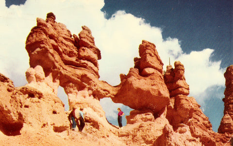 Vintage postcard Windows Beside Mossy Cave Trail - Bryce National Park - Utah