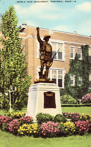 Linen postcard World War Monument - Fostoria,Ohio