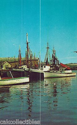 Fishing Boats along The Wharves-Gloucester,Massachusetts - Cakcollectibles