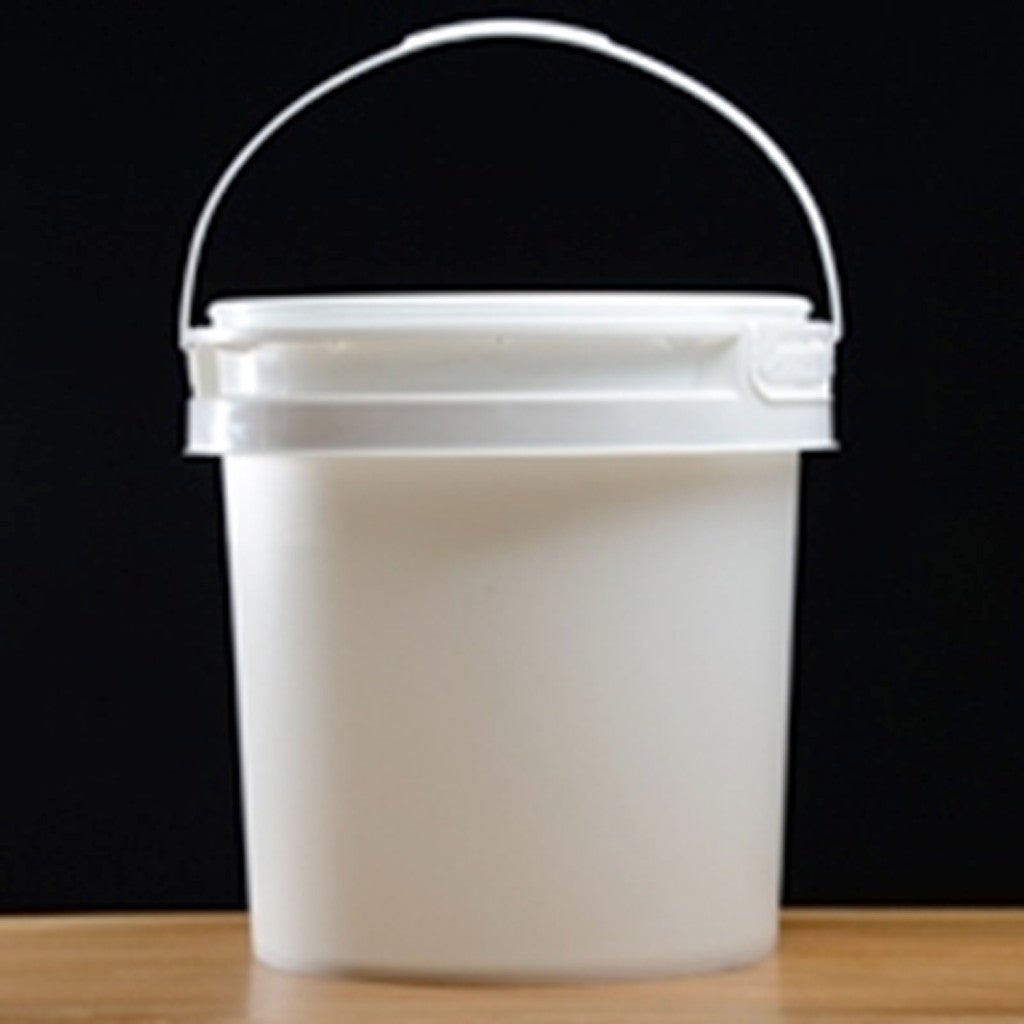 2 Gallon Plastic Bucket with Plastic Handle