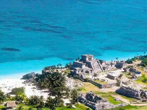 tour of Tulum Archeological site