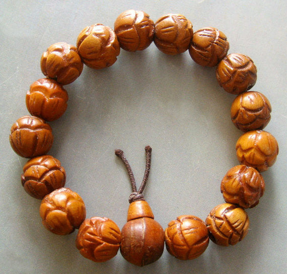 Wood Carved Flower Beads Bracelet