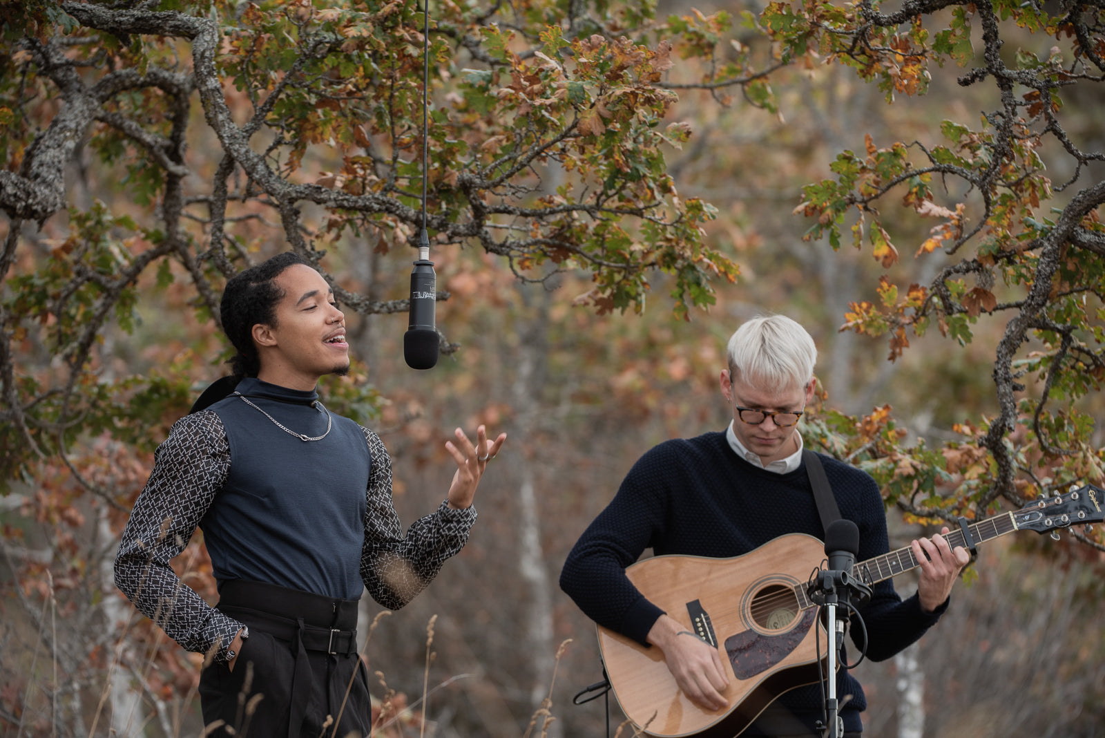 RUSUR live music session in nature with ecologyst vancouver island