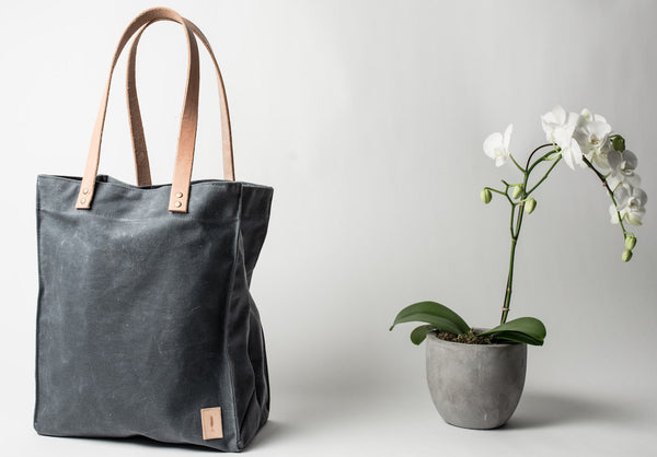 ecologyst waxed cotton canvas market tote as best sustainable alternative to single use plastic bags