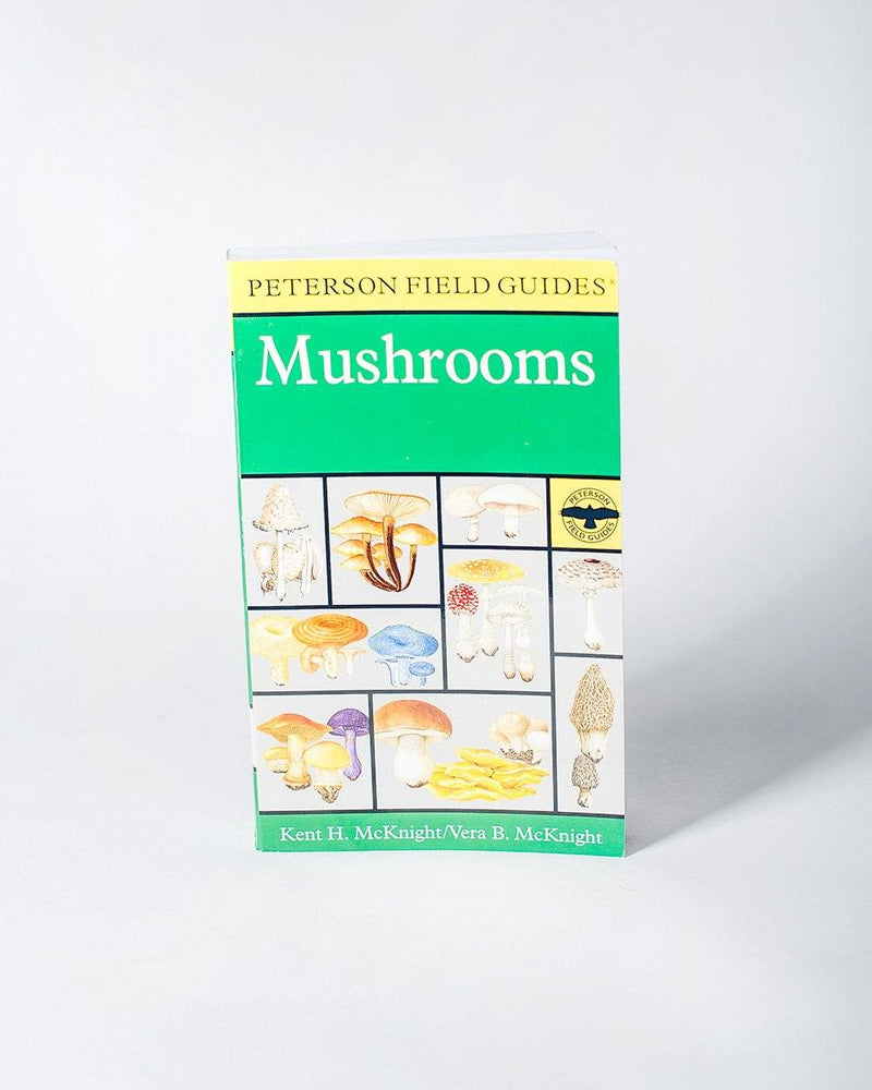 A Peterson Field Guide to Mushrooms: North America Authors Kent H. McKnight Vera B. McKnight Editor Roger Tory Peterson - All - Hero