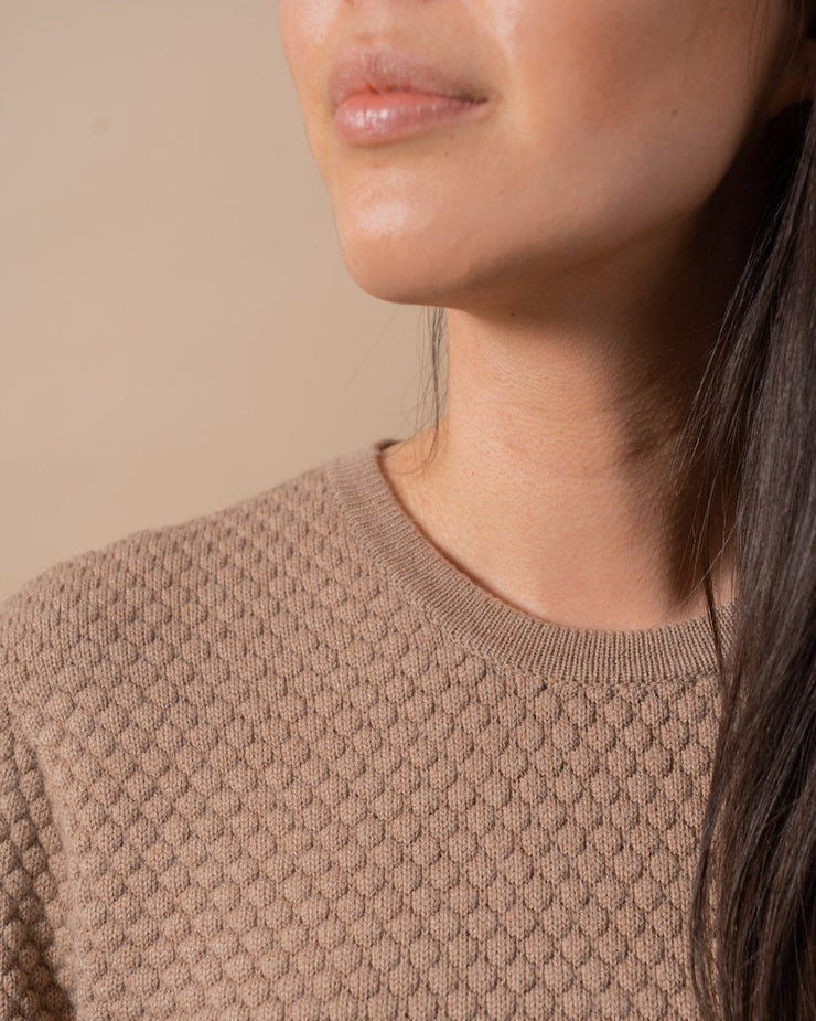 The Merino Sweater in Nutmeg - Detail