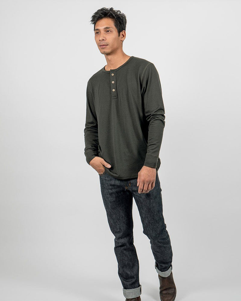 Sitka Unisex Merino Wool Henley Long Sleeve - Sitka Green - The 210 Merino Henley - Front - Mens