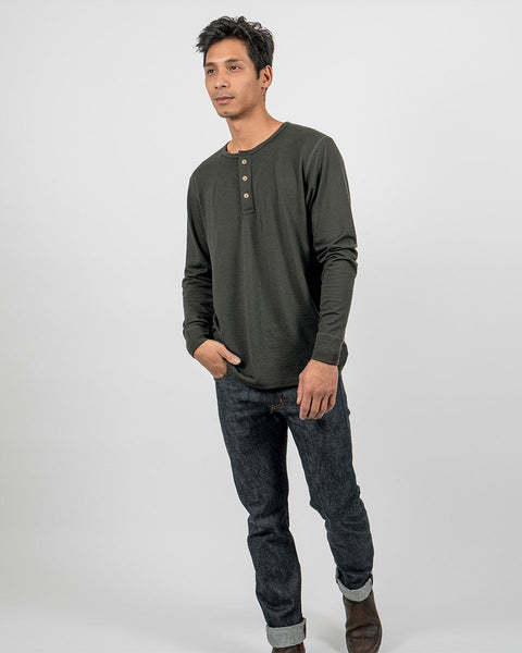 Sitka Unisex Merino Wool Henley Long Sleeve - Sitka Green - The 210 Merino Henley - Front