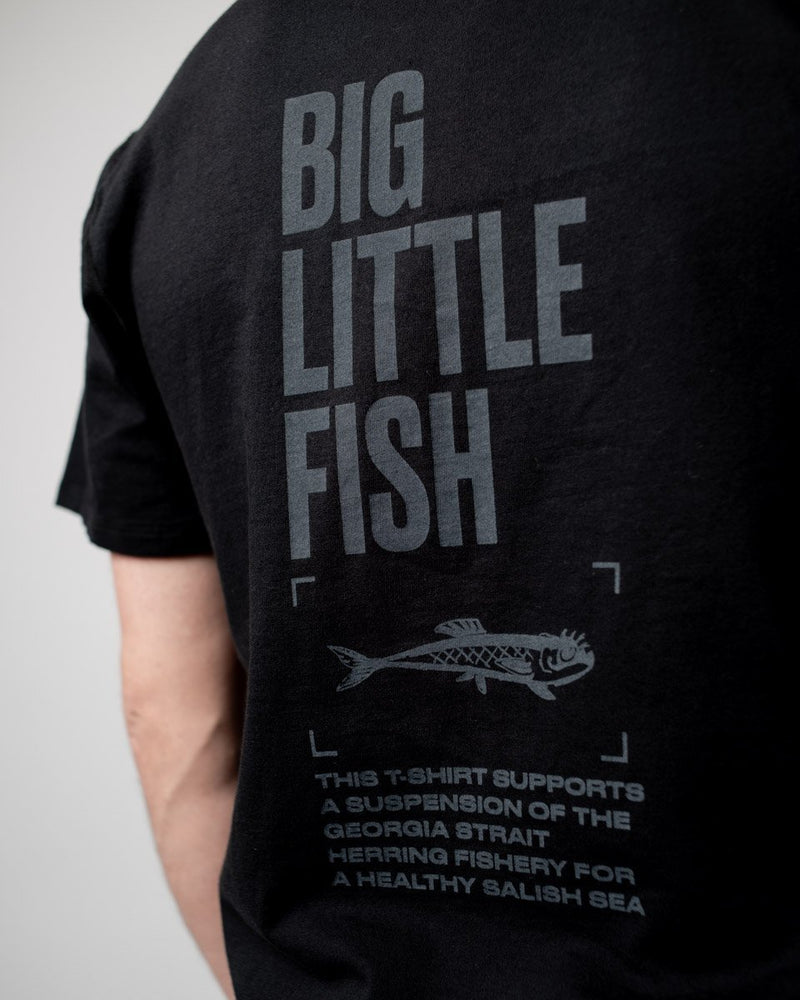 Sitka Unisex Organic Cotton Jersey Little Big Fish Herring T-Shirt  - Black - Mens - Womens
