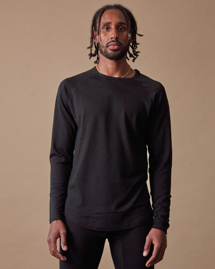 The 195 Merino Crew in Black - Front