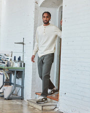 The Mens Work Pant in Ivy Full Body #colour_ivy