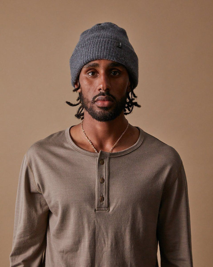 The Merino Cashmere Toque in Grey-Front
