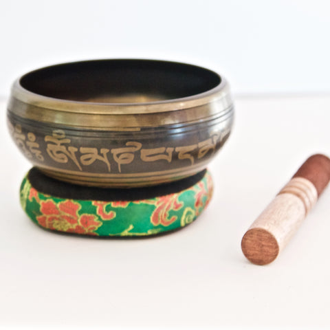 Buddha's Bowl Singing Bowl - Mani Mantra