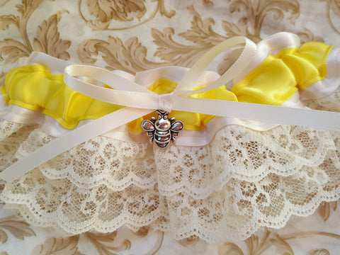 Ivory Satin & Lace Bee Garter
