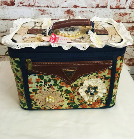 Floral and Lace Makeup Bag