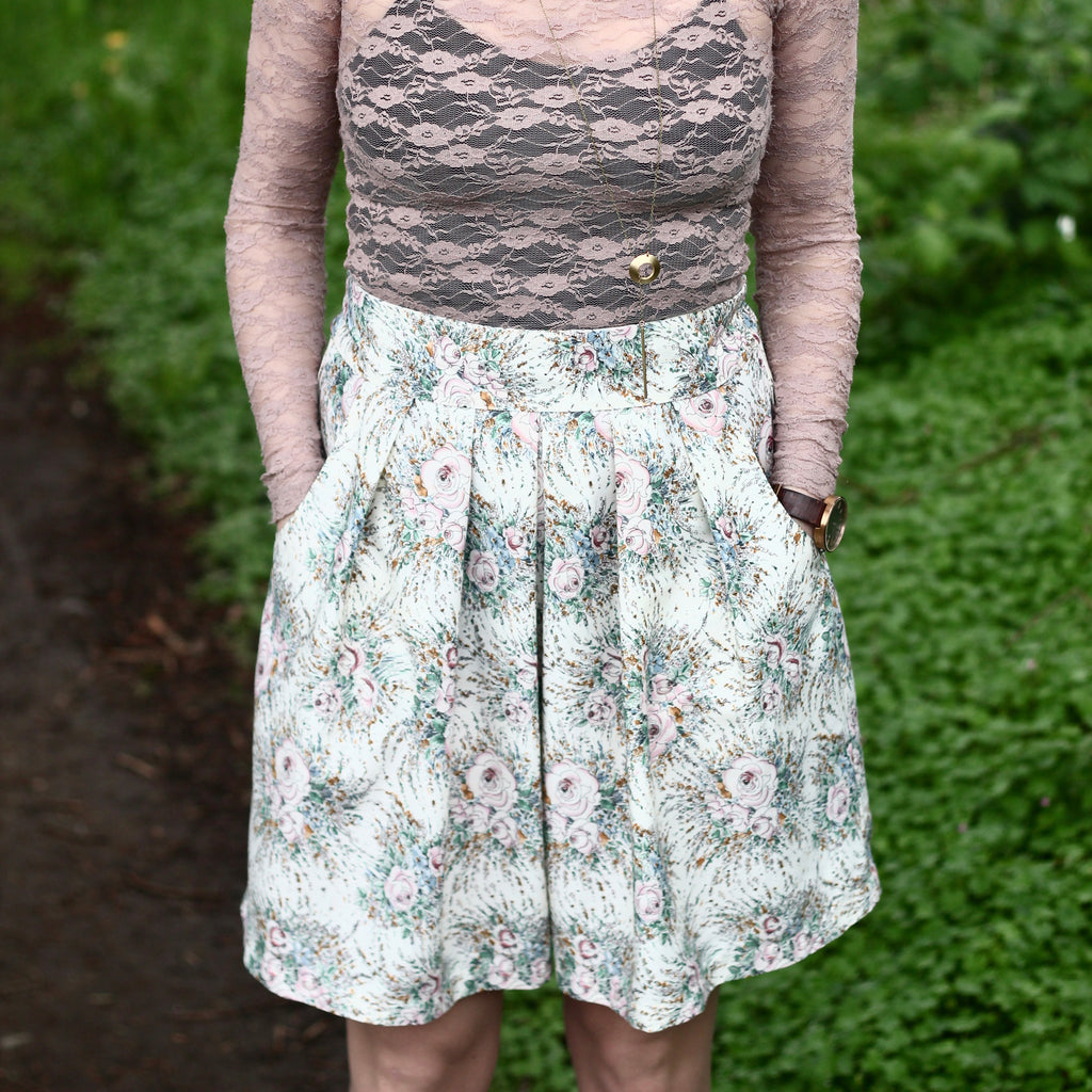 Meadow Skirt - PDF digital sewing pattern by Twig + Tale 19