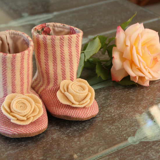 Baby Flower Boots Sewing Pattern - Twig + Tale  - Digital download  - 3