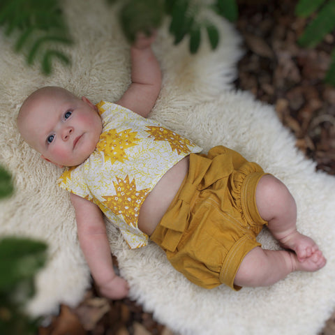 Babies - Pixie Shorts sewing pattern by Twig + Tale