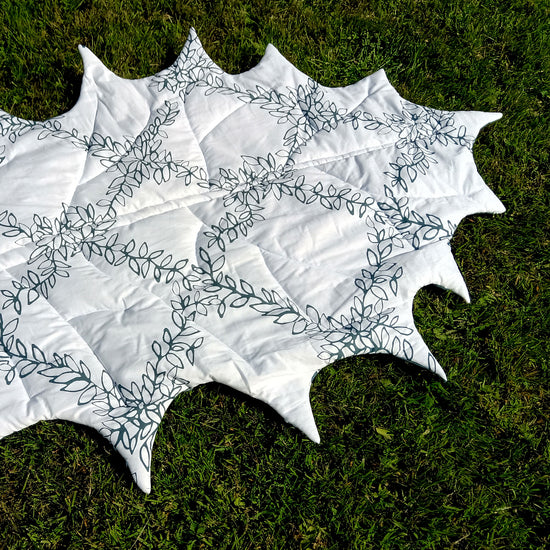 Holly Leaf Blanket digital PDF sewing pattern by Twig + Tale