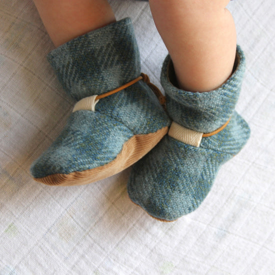 Baby - Footwear Tie Back Boots by Twig and Tale - PDF Digital Sewing Pattern