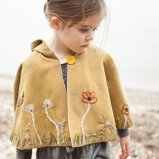 Traveller Cape PDF digital sewing pattern by Twig + Tale 4