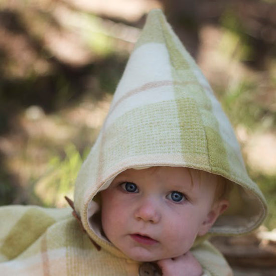 Babies - Traveller cape PDF digital sewing pattern by Twig + Tale